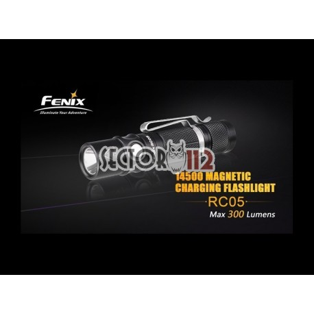 Linterna Fénix RC05 300 Lúmenes 4 Modos + Estrobo