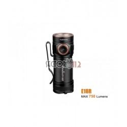 Linterna Fenix E18R 750 lúmenes (incluye batería 16340)
